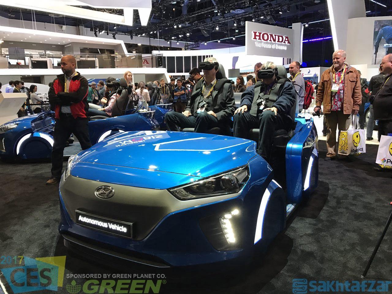 پوشش تصویری غرفه خودروسازان در CES 2017