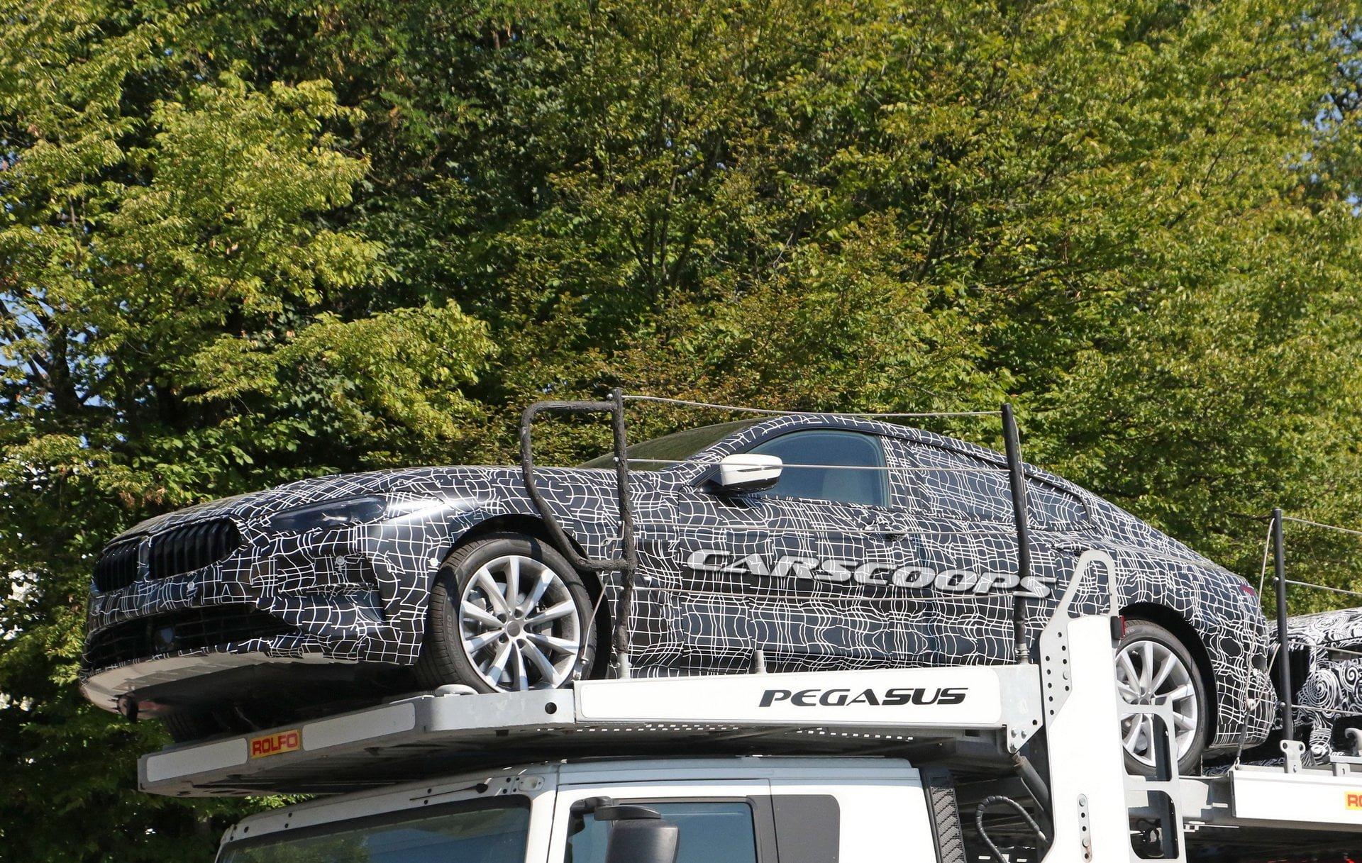 BMW سری 8 گرن کوپه