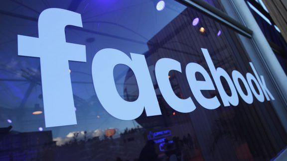 غیر فعال سازی حساب گروه های ضد نژاد پرستی توسط فیسبوک
