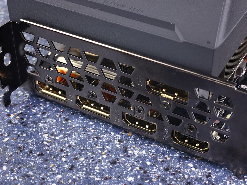 پورت های گرافیک Gigabyte RTX 3090 Eagle OC