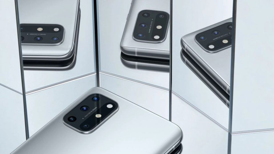 [تصویر:  The-OnePlus-8T-arrives-with-two-batterie...60x540.jpg]