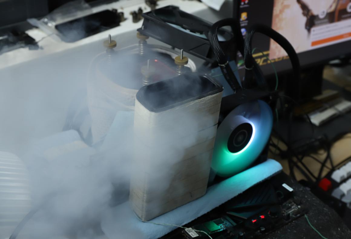 اورکلاک Radeon RX 6800 XT به 2800 مگاهرتز