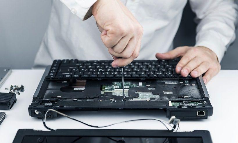 تعمیرات ابزارات الکترونیکی از جمله موبایل و لپ تاپ