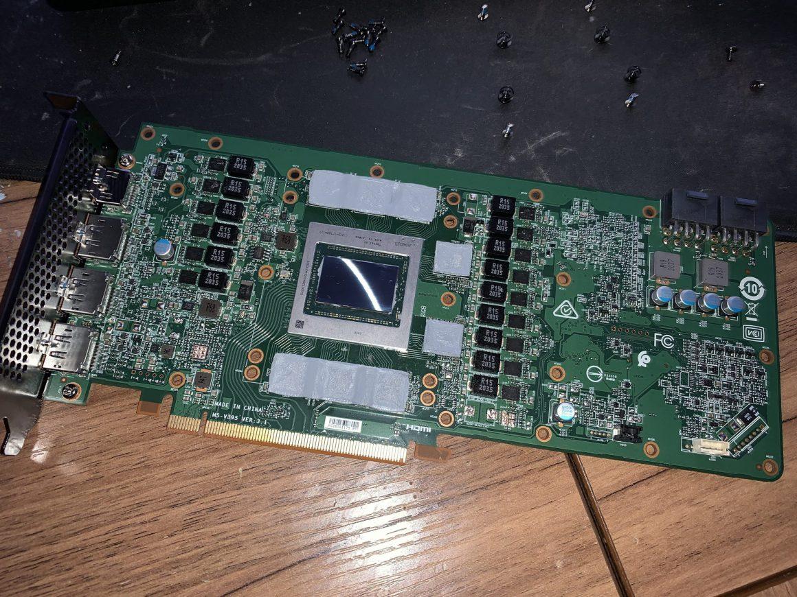 تصاویر گرافیک RX 6800 XT OEM دِل