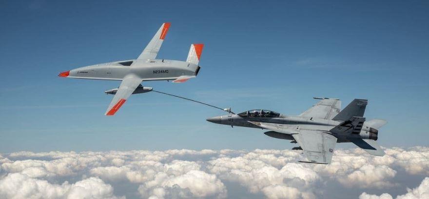 سوختگیری جنگنده از پهپاد برای اولین بار – وظایف جنگنده F-18 کاهش مییابد ۱