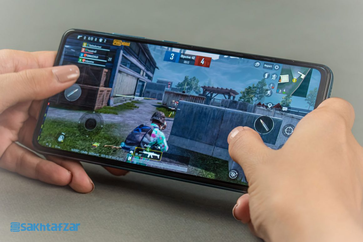 بازی پابجی موبایل در گوشی گلکسی A52 سامسونگ   Samsung Galaxy A52